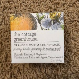 The cottage greenhouse mask